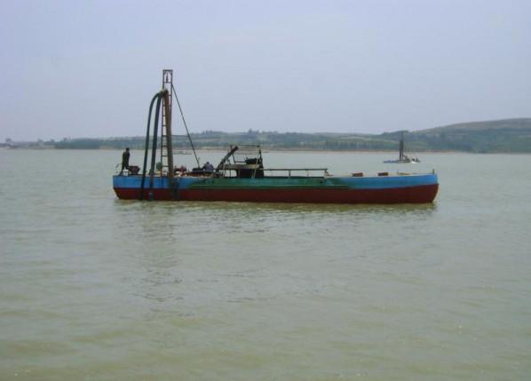 60方抽沙船